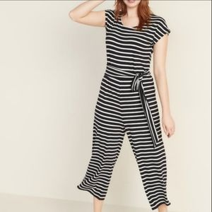 OLD NAVY • Black striped jersey cropped jumpsuit
